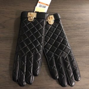 Michael Kors Quilted Gloves Black - NWT
